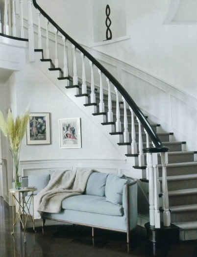 Jennifer-Lopez-staircase-Veranda