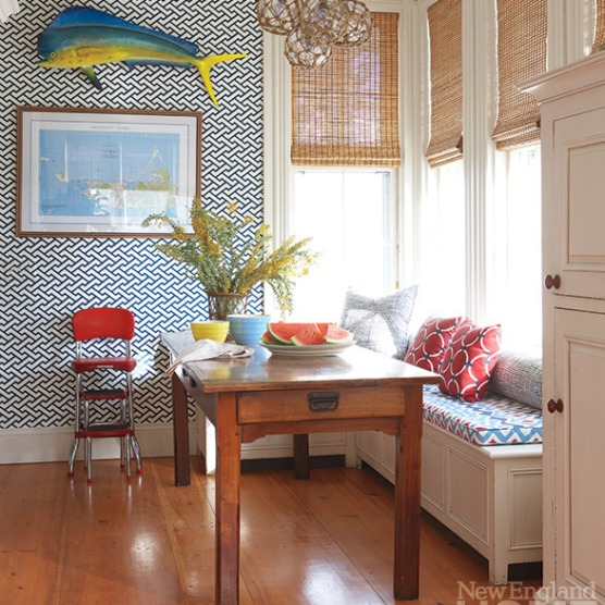 Aga_wallpaper_Charlotte_Barnes_New_England_Home_June_2013