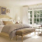 item10.rendition.slideshowHorizontal.suzanne-kasler-atlanta-house-11-master-bedroom