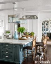 04-hbx-blue-kitchen-island-0914-xln
