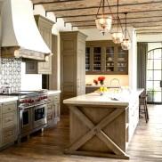 joan-behnke-Chalon-Estate-kitchen-cococozy