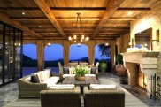 joan-behnke-Chalon-Estate-outdoor-sitting-room-cococozy